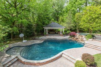 Grovemont pool